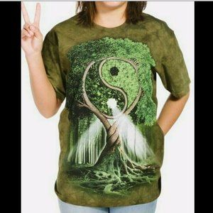 3d tees by the mountain green tie dye t shirt M